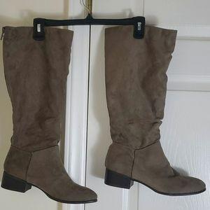Madden Girl Full Length Metal Zipper Back Boots